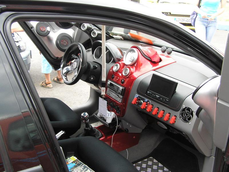 фото автомобиля шевроле.